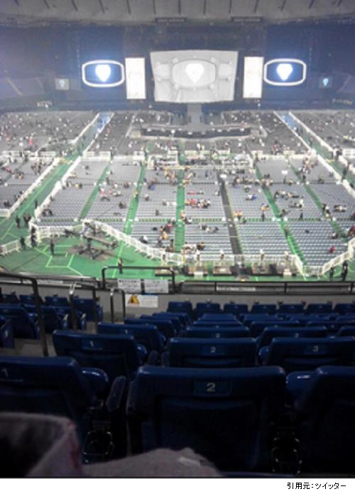 東京ドーム2階席見え方ステージ正面画像