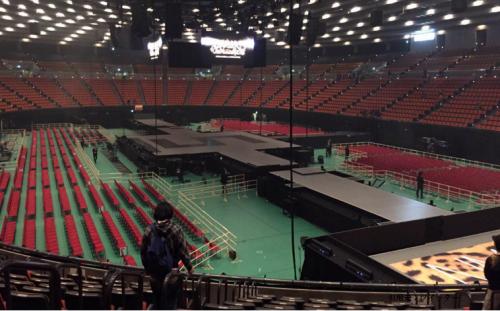 大阪城ホール1階スタンド見え方センターステージ