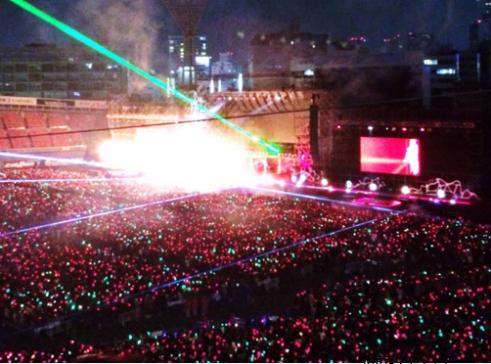 横浜スタジアムスタンド1塁側見え方画像