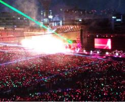 横浜スタジアムスタンド2階見え方画像