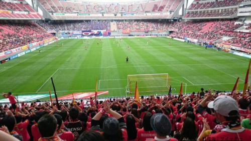 豊田スタジアムスタンド1階見え方サッカー